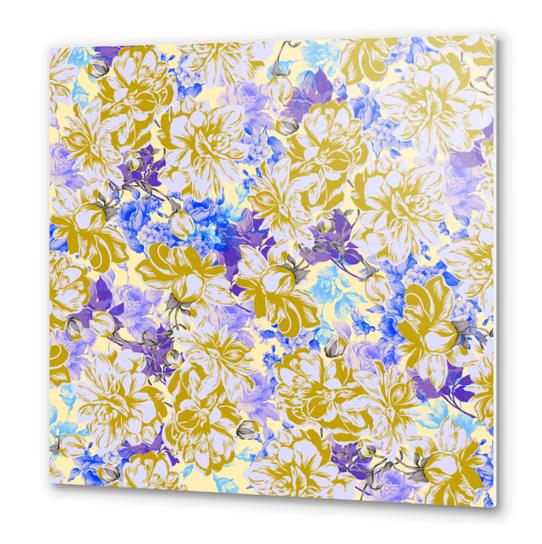 FLOWERY II Metal prints by mmartabc