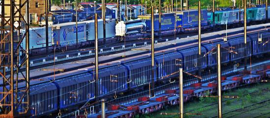 Color train by Stefan D