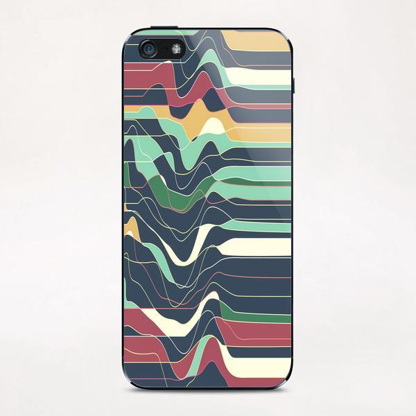 Don´t Move IX iPhone & iPod Skin by Metron