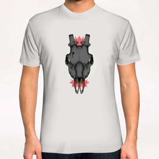 SKULL T-Shirt by sagi.art
