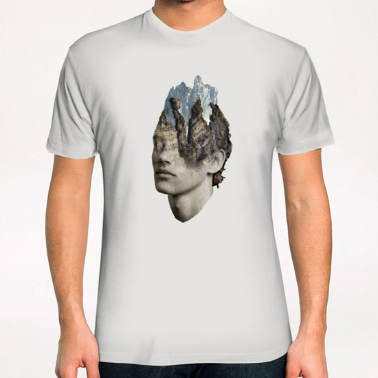 The sound of waves T-Shirt by Vic Storia
