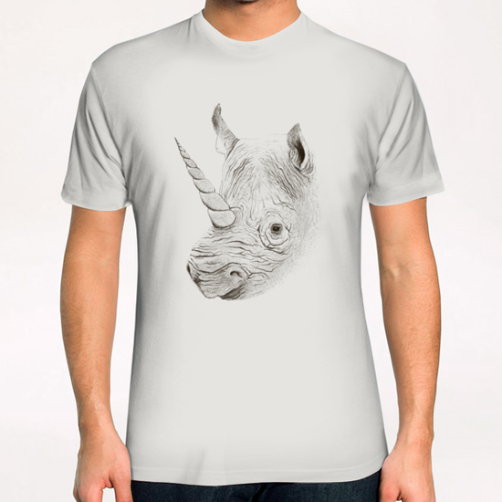 Rhinoplasty T-Shirt by Florent Bodart - Speakerine